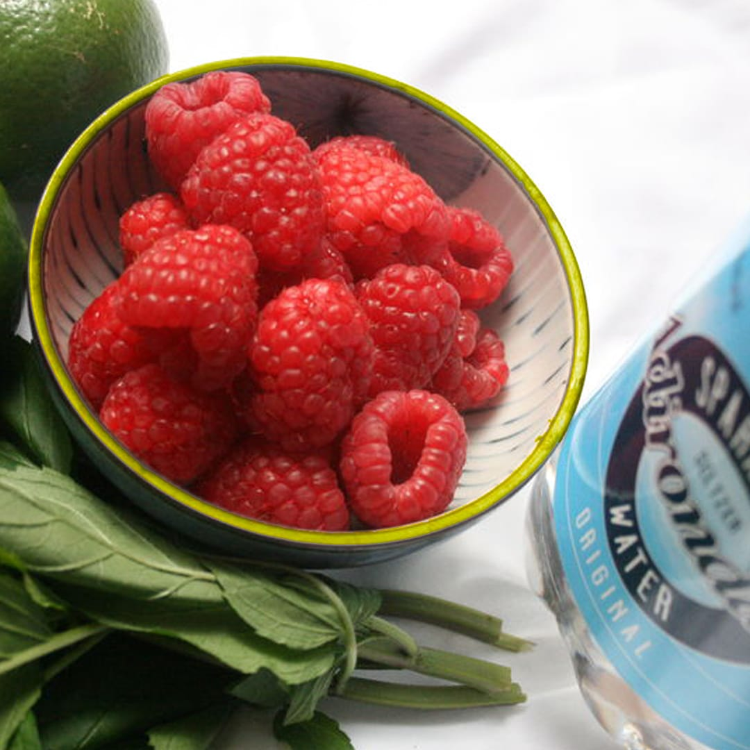 Sparkling Mint and Raspberry Limeade